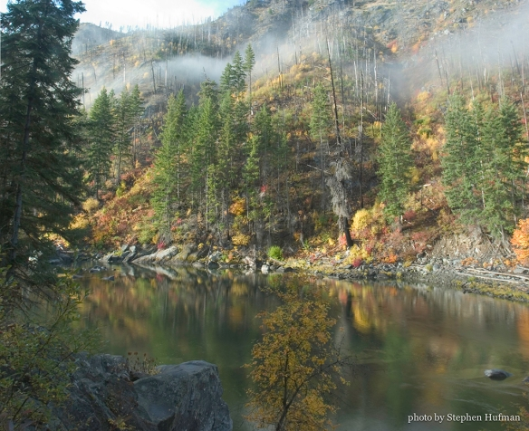 Autumn Along the Wenatchee