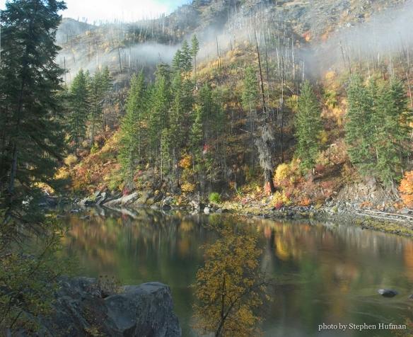 Autumn Along the Wenatchee