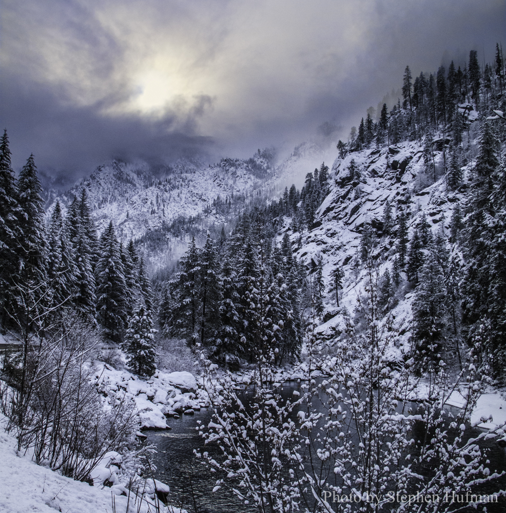 Snow storm in the Tumwater Canyon
